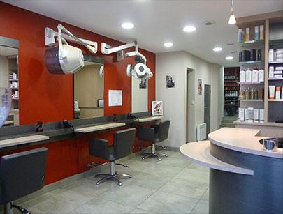 Coiffeur ma tre coloriste vannes salon de coiffure for Salon coiffure vannes